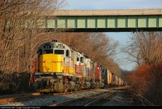 RailPictures.Net Photo: LV 414 Delaware Lackawanna Alco C420 at Portland, Pennsylvania by Tracy Antz
