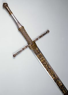 Sword of Holy Roman Emperor Maximilian I, dated On display at the Kunsthistorisches Museum Fantasy Sword, Fantasy Weapons, Swords And Daggers, Knives And Swords, Katana, Kaiser Maximilian, Kunsthistorisches Museum Wien, Cool Swords, Sword Design