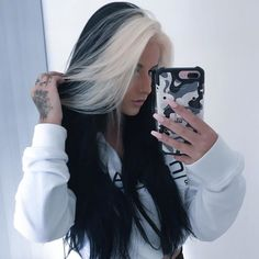Awesome hair color two town ideas for fashion girls Blonde Streaks, Blonde Hair, Black Hair Blonde Streak, Black And Grey Hair, Blonde Brunette, Blonde Fringe, Multicolored Hair, Aesthetic Hair, Queen Hair