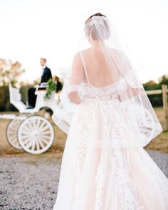 """61 Likes, 6 Comments - Carolina Photosmith (@jenphotosmith) on Instagram: """"We have no snow in Charleston, but we have carriages that carry beautiful brides to historic venues…"""""""