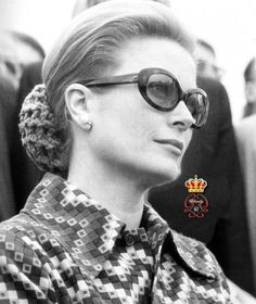 Grace de Monaco, circa 1971. THE SNOOD. MY MOTHER MADE ME MANY IN THE LATE--ISH 60'S. SHE'D WORN THEM IN THE 40'S.