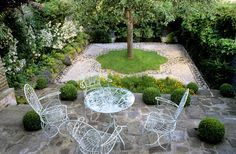 Choosing Color: Garden Furniture: Take from the best, leave the rest. Paradise Garden, Dream Garden, Landscaping Retaining Walls, Backyard Landscaping, Porches, Small Garden Inspiration, Indian Garden, Islam, Spanish Style Homes