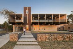 11 dicas para construir uma casa contêiner, PV14 House / M Gooden Design. Imagem © Wade Griffith