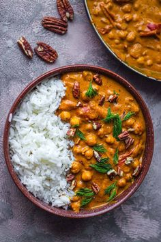 Easy Vegan Butter Chicken (Butter Chickpeas) | Earth of Maria This is on the menu this week at our house! If you try it, let us know!