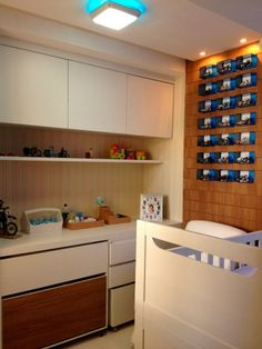 Quarto de bebê de um apartamento, de 80 m², em Maceió. Projeto de Apratto e Cabral Arquitetura.