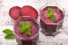 Попробуйте кулинарный эксперимент — смузи из свеклы и ягод