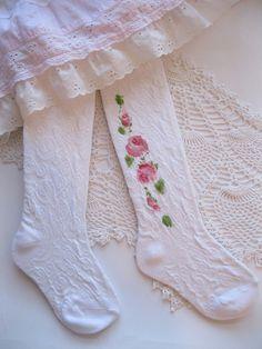 Painted Roses on Girls Leggings Size 5/6 Leotards by enfantjoli