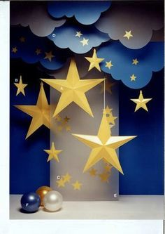 From making paper lanterns to drawing crescent moons and stars on the walls, you can get your house prepared for Ramadan with these Ramadan decorations. decorations 17 Simple Ramadan Decoration Ideas You Can Do at HomeNew Diy Paper Decorations Party Ramadan Crafts, Ramadan Decorations, Star Decorations, Birthday Decorations, Crafts For Kids, Christmas Decorations, Diy Christmas, School Decorations, Christmas Nativity
