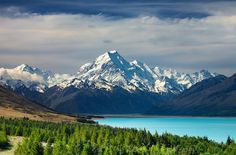 Mount Cook and Pukaki Lake in New Zealand