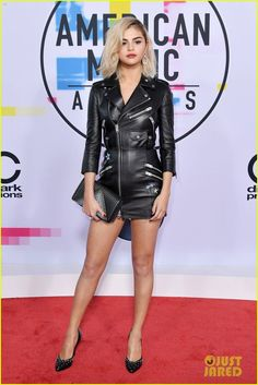 Selena Gomez wearing Coach at the 2017 American Music Awards
