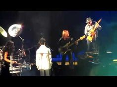 Carlos Santana and Prince in Oakland 21.02.2011 - Being able to witness this experience was remarkable!!!! What a privilege to see these two perform together
