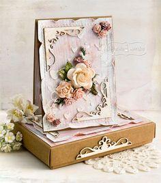 Elegancki komplet kartka w pudełku z użyciem produktów LM.