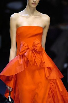 valentino orange gown tangerine raw silk satin finish bow and tier ruffle Valentino Couture, Valentino Red, Fashion Details, Fashion Design, Red Gowns, Orange Fashion, High Fashion, Womens Fashion, Paris Fashion