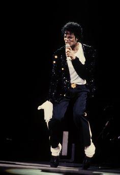Bad, Badder - The Bad World Tour *Billie Jean* - Michael Jackson Photo (19013274) - Fanpop