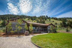 Experience Rocky Mountain Majesty at The Ranch at Rock Creek #USA #XOPrivate @rockcreekranch