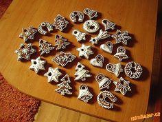 Perníčky p. Řezníčkové hladké oblé drží tvar a hned k jídlu Joy To The World, Gingerbread Cookies, Sweets, Christmas, Med, Tvar, Winter, Ideas, Gingerbread Cupcakes