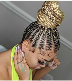WOW, 19 PHOTOS: Splendid Box Braids For Ladies - Black Braided Hairstyles. Looking for latest box braids, black braided hairstyles, African hairstyles or Braided Hairstyles Updo, Braids Hairstyles Pictures, Braided Hairstyles For Black Women, Bandana Hairstyles, African Braids Hairstyles, Hairstyles For Ladies, Feeder Braids Hairstyles, Hairstyles For Box Braids, Canerow Hairstyles
