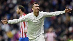 Con dos goles de Cristiano el Madrid gana al Gijón, que erró un penalti que habría significado el empate | El Puntero