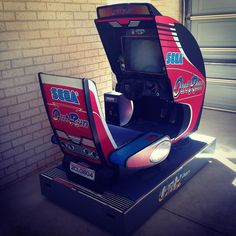 By 84blair: I picked this up for a bargain price of $200 a couple of weeks ago. #outrun #arcade #arcademachine #sega #videogames #gamer #gaming #retro #retrocollective #retrogamer #retrogaming #retrovideogames #car #aussiegamer #australiangamer #rad #oldschool #segaoutrun #arcadegames #retrogaming #microhobbit