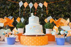 Confira essa linda festa pipa e cataventos com mil ideias e inspirações para o próximo aniversário do seu filho!