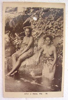 vintage-pacific-island-women