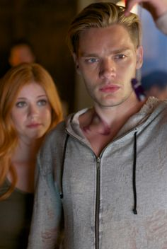 Clary and Jace ( Look the eyes of Jace)