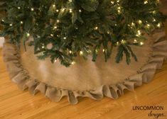 This is cute and will go with any color I put on the tree. no-sew burlap tree skirt