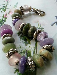 Lovely use of gemstone rondelle charm beads here and the colours work SO well together.