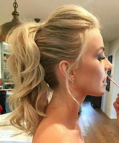 You NEED To Try This Ponytail Hack, Frisuren, Good for bridesmaid hair. Absolutely NO extensions were used in creating this look! Want to know the secret in creating a longer pony? Wedding Hair And Makeup, Hair Makeup, Makeup Hairstyle, Prom Makeup, Up Hairstyles, Gorgeous Hairstyles, Hairstyle Ideas, Ponytail Hairstyles For Prom, Cute Medium Hairstyles
