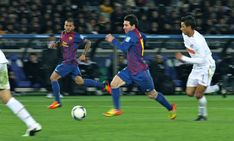 How Much Can Speed Specific Training Drills for Football Add to Your InGame Speed? Fastest Football Player, Football Tournament, Football Training Drills, Soccer Drills, Rugby Players, Football Players, Lionel Messi Skills, Premier League, Champions League Semi Finals