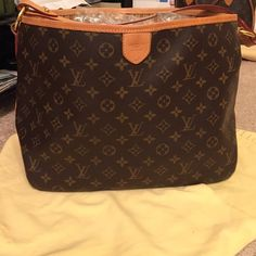 Louis Vuitton Delightful PM Authentic. Come with dust bag, cards, receipt. In very good condition. Louis Vuitton Bags Shoulder Bags