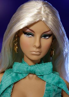 Thursday Update From The Tropicalia Integrity Toys 2012 Convention! - Doll Observers