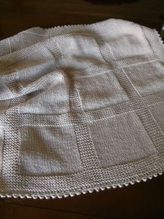 love a fabric backed knit blanket. Knitted Afghans, Knitted Baby Blankets, Baby Girl Blankets, Baby Blanket Crochet, Baby Knitting Patterns, Knitting Stitches, Baby Patterns, Knitting Projects, Knit Crochet