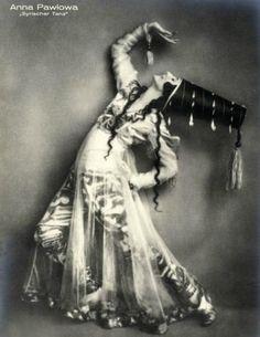1915 Anna Pavlova