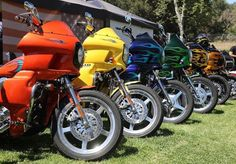 Dyna Club Style, Street Bob, Harley Davidson Dyna, Custom Harleys, Cool Bikes, Scooters, Bobber, Chopper, Cars And Motorcycles