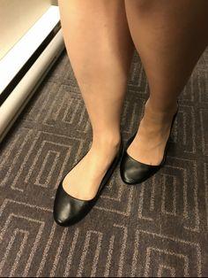 Black Ballet Flats, Girls Wear, Barefoot, Heeled Mules, Heels, Sexy, Pretty, How To Wear, Fashion