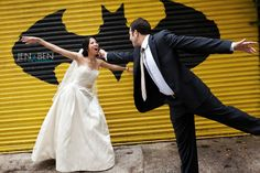 #Weddings may be about love, but laughter is just as important to share. Jen + Ben know how to have fun with both! www.getstak.com