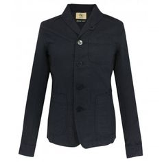 Shawl collar jacket in lightweight, unlined cotton/linen. Its anchor engraved buttons and multiple patched pockets are a new take on both workwear and nautical codes, while providing a sophisticated casual look. Ideal jacket for the arrival of spring and cool summer evenings. Made from 60% cotton and 40% Linen.