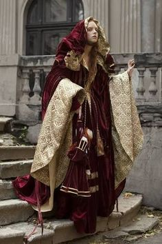 「sopraveste renaissance aristocracy」の画像検索結果