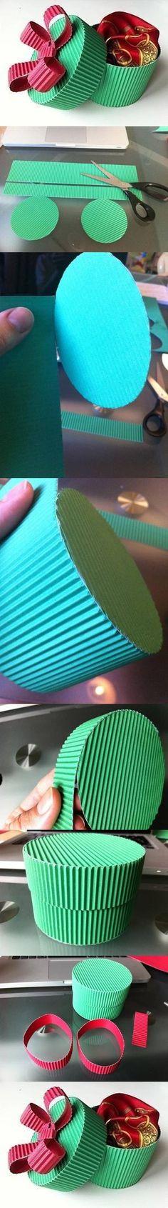 Caixa de presente de papelão DIY DIY presente do cartão caixa Usar CD velho de base.