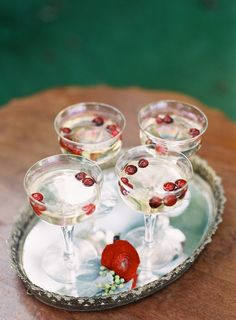 Seasonal Wedding Ideas: Cheers to cranberry cocktails for the holiday season! (Photo by Kari Rehnlund via Grey Likes Weddings) Vintage Christmas Wedding, Elegant Christmas, Fall Wedding, Wedding Ideas, Wedding Trends, White Christmas, Wedding Details, Wedding Colors, Wedding Ceremony