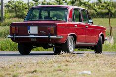 Díszléc a farán is Ford Anglia, Classic Cars, Classic Auto, Classic Italian, Cars And Motorcycles, Vintage Cars, Race Cars, Automobile, Childhood