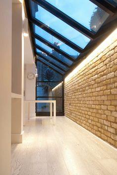 Claraboyas de estilo  por Guarnieri Architects