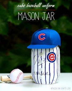 Baseball Uniform Mason Jar - Father's Day Gift Ideas - Mason Jar Crafts for Father's Day - Mason Jar Gifts for Father's Day - Kid's Crafts for Father's Day @Mason Jar Crafts Love blog