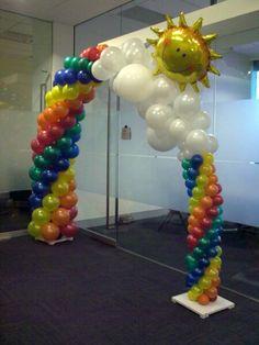 with tulle instead of balloons My Little Pony Birthday Party, Rainbow Birthday Party, Rainbow Theme, Unicorn Birthday Parties, Balloon Columns, Balloon Garland, Balloon Wall, Rainbow Party Decorations, Birthday Party Decorations