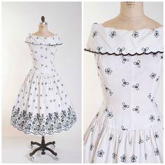 Hey, I found this really awesome Etsy listing at https://www.etsy.com/listing/243741123/1950s-vintage-dress-fleeting-flirtation