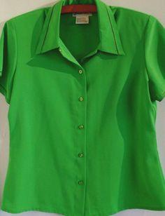 Womens blouse vintage St Patrick green size M short sleeve Hong Kong #YvesStClair #Blouse