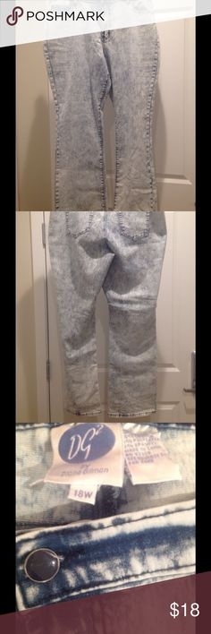 Plus Acid Wash DiaNe GiLMaN JeaNS ~ 18W ~ EUC ✔️ I have soooooooo many pairs of pants like these. I counted at least 12 pairs that I can't make myself part with.   〰 These are flared leg, in excellent preowned condition.   ✔️ Smoke free & pet free home. Jeans Flare & Wide Leg