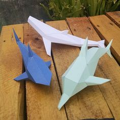 Papercraft - Printable DIY Template - Dolphin, Whale and Shark Model Kit 3d Paper Crafts, Paper Toys, Diy Paper, Fun Crafts, Crafts For Kids, Whale Origami, Papier Kind, Delphine, Animal Projects