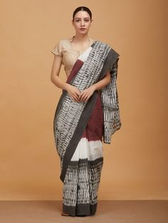 The Loom- An online Shop for Exclusive Handcrafted products comprising of Apparel, Sarees, Jewelry, Footwears & Home decor. Ikkat Saree, Handloom Saree, Block Print Saree, Kurti Patterns, Saree Models, Simple Sarees, Printed Sarees, Beautiful Saree, Saree Blouse Designs